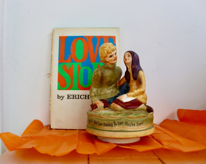 "Vintage 1970s ""Love Story"" Movie Music Box, 1970s Music Box, Retro Figurine, Retro Vintage Valentine's Gift, 1970s Movie Memorabilia"