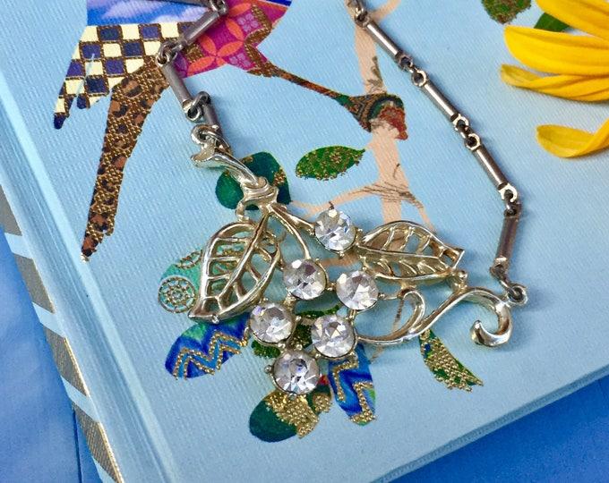 Vintage Silver Leaf Necklace, Vintage Art Deco Necklace with Leaves, Vintage Necklace 7 inch Chain, Vintage Necklace