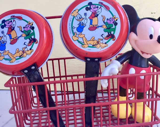 Vintage Disney Toy Dishes, Vintage Disney Tin Toy Pans, Disney Toy Pans, Vintage Disney Collectible, Vintage Toy Tin Dishes