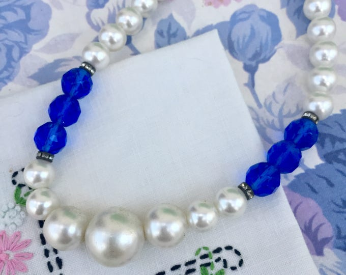 Vintage Faux Pearl Necklace, Vintage Pearl Necklace, Pearl and Blue Beaded Necklace, Vintage Costume Jewelry, Mid Century Necklace