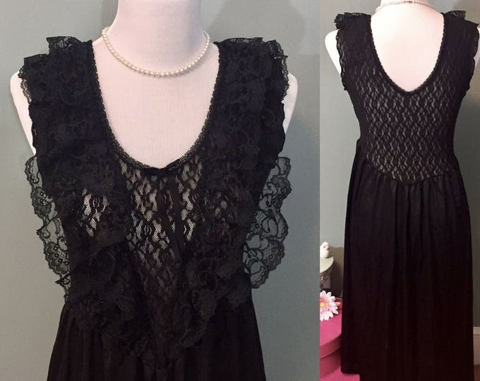 Vintage 1980s Black Lace Nightgown Women's Size Medium, Vintage Cinema Etoile Stretch Lace Bust Nightgown, Vintage Wedding Lingerie