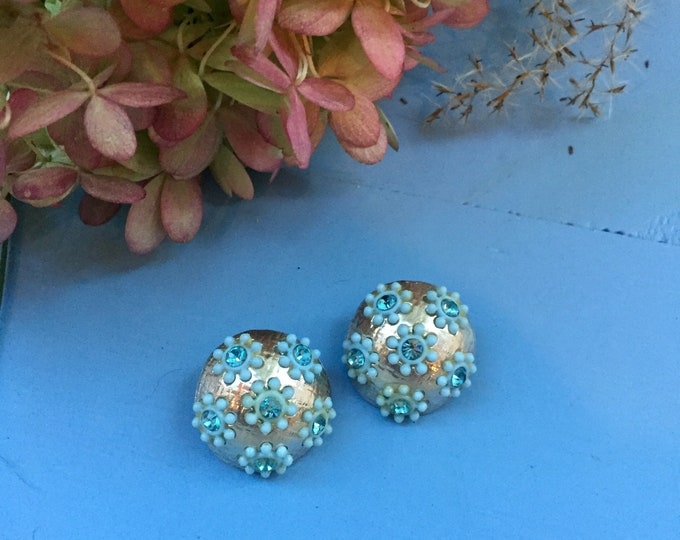 Vintage 1950s Floral Earrings, Mid Century Earrings, Vintage Blue Floral Clip-On Earrings, Mid Century Costume Jewelry