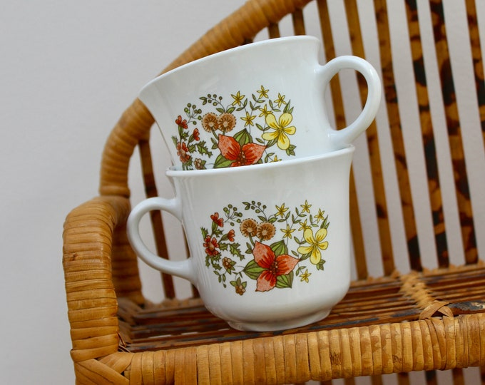 Vintage Corelle Coffee Cups, Set of Two, Retro Coffee Cups, Pair Corelle Coffee Mugs, Retro Floral Coffee Mugs, Indian Summer Corelle Cups