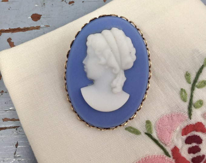 Vintage Cameo Brooch Pin, Blue and White Cameo, 1960s Victorian Revival Cameo Brooch, Cameo Jewelry, Vintage Costume Jewelry, Gift for Her