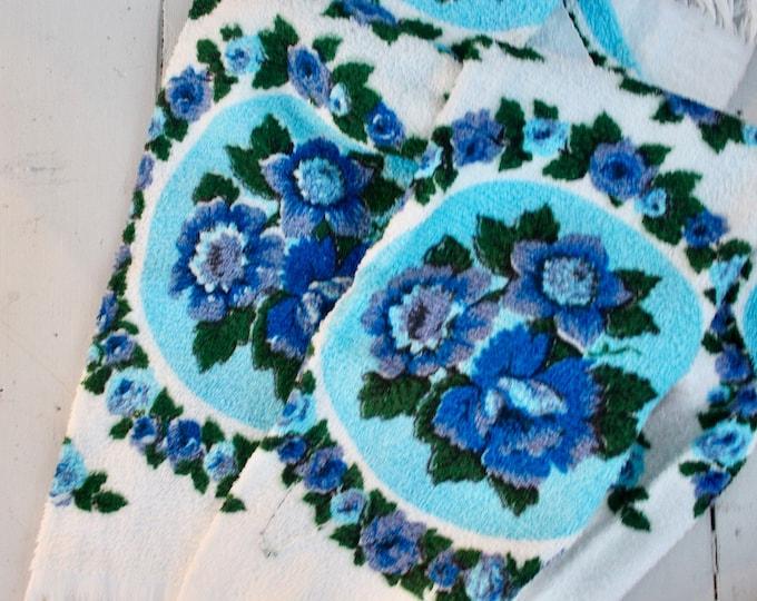 Vintage Kitchen Towels, Set of Two, Vintage Floral Kitchen Towels, Vintage Dish Towels, Vintage Tea Towels, Vintage Blue Kitchen Linens