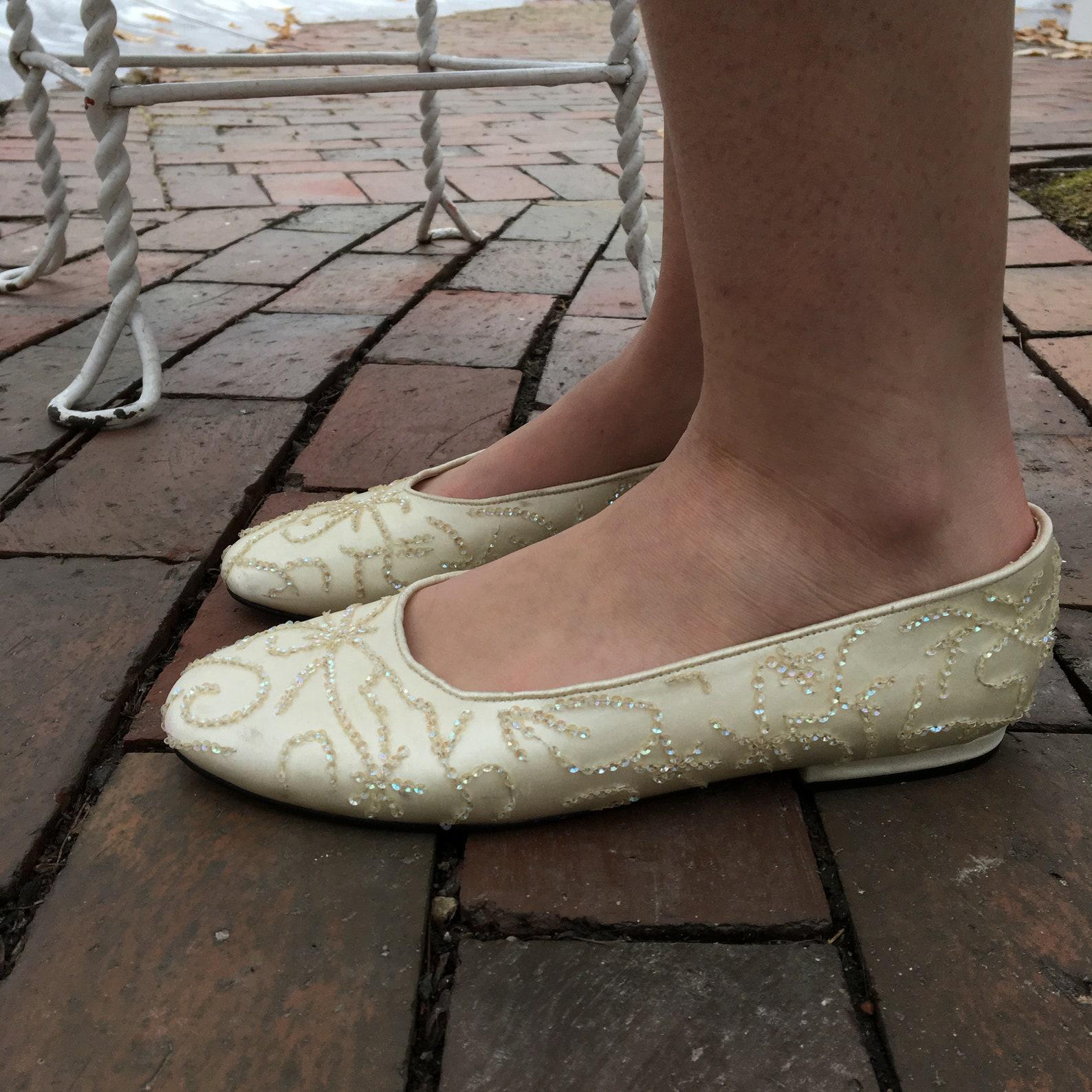 vintage caparros wedding flats, women's size 7, ivory ballet flats, vintage bride's shoes, vintage bride's flats, wo