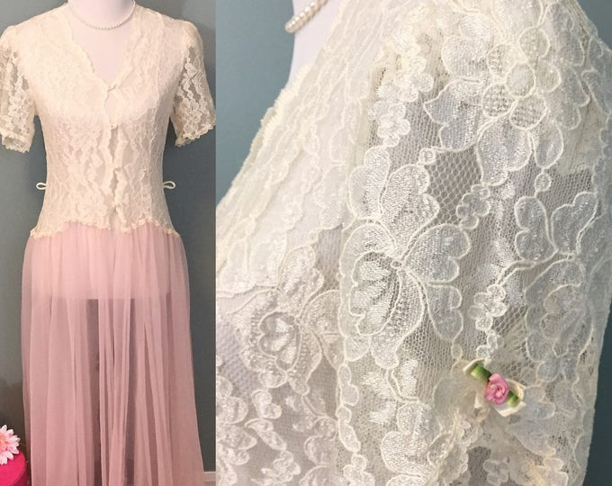 Vintage 1960s Henson Kickernick White Lace and Pink Tulle Robe, Women's size small, Women's Vintage Robe, Wedding Lingerie, Gift for Her