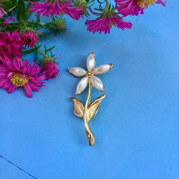 Vintage Flower Brooch, Vintage Pearl Flower Brooc… - image 2
