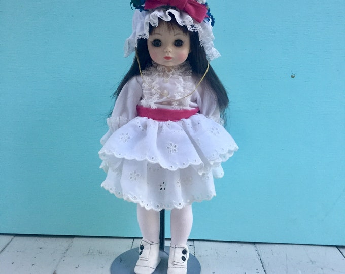 Vintage 1970s Madame Alexander Degas Doll with Original Box, Vintage Madame Alexander Doll, Vintage Collectors Doll, Vintage French Doll