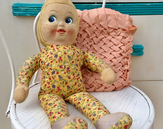 Vintage 1930s DolliGund Doll, 1930s Gund Doll, 1930s Doll, 1930s Hand-painted Face Doll, Rare Antique Doll, Rare Gund Doll