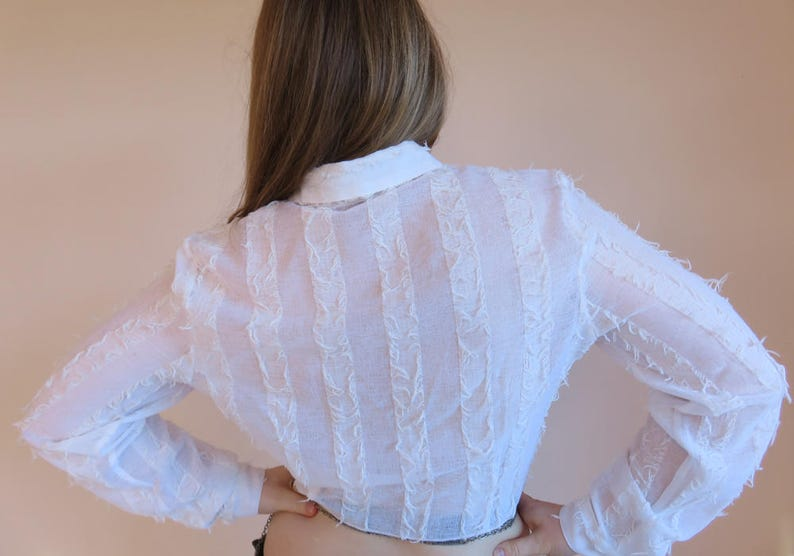 WESTERN Tie Up Crop Sheer Shirt  Textured Fray Fringe White Long Sleeve Button Up Top Pockets Size 8-10 Small