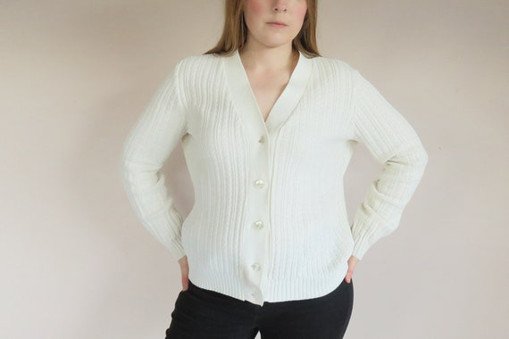 80s Knitted Cardigan Long Sleeve Off White Chunky Thick Knit Cardi Grandma Winter