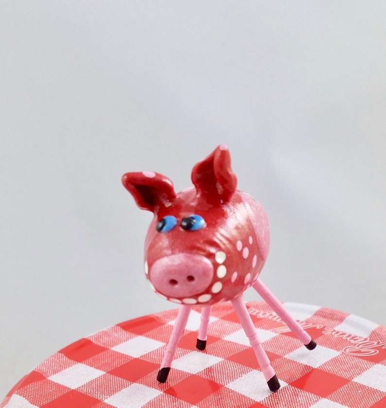 Mini Smiling Pig Sparkly Red with 3 Pink Hearts and Pink image 0