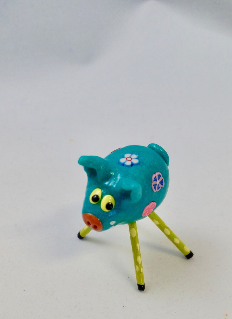 Mini Smiling Pig Flower Power Bluegreen With Green and Yellow image 0
