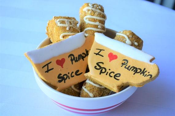 Cuscini Biscotto Dove Comprarli.Dante S Pumpkin Spice Biscotti Latte Organic Dog Treats Etsy