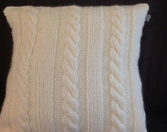 knitted cushion cable
