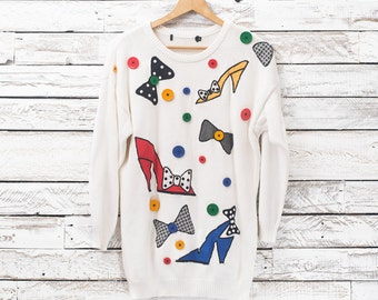 Vintage 80's sweater. White sweater with buttons and embroidery. Original 80's sweater