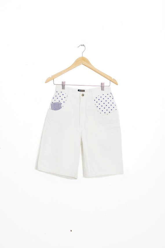 High waisted vintage shorts. 1990 polka dot shorts