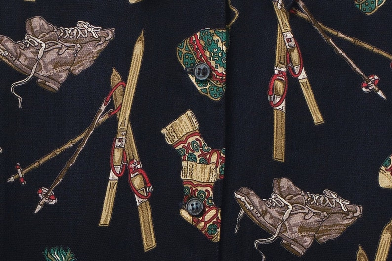 Vintage winter patterns shirt Ski patterned blouse Vintage blouse Ski patterns Les Ailes de la Mode Winter ski shirt