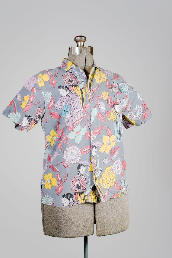 Retro summer floral shirt. Short-sleeved floral sh