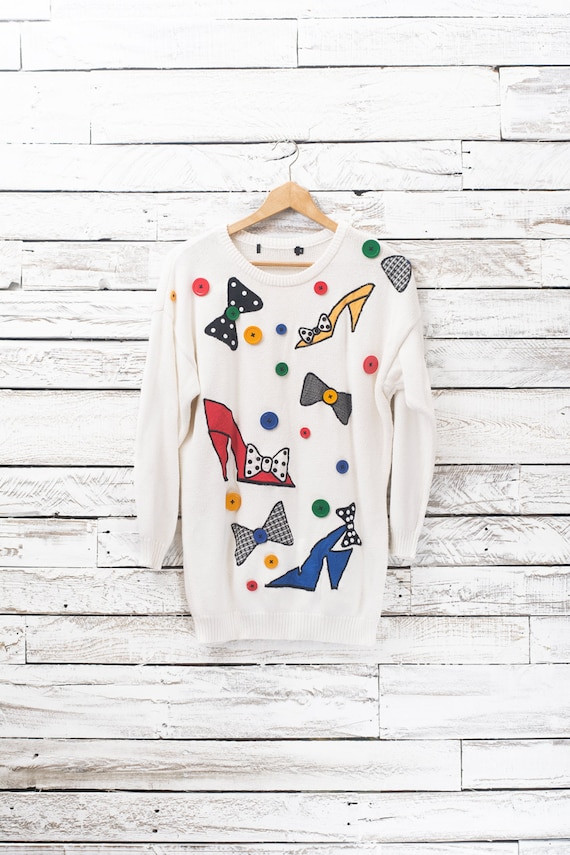 Vintage 80's Sweater White sweater with buttons an