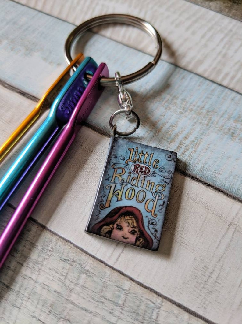 Little Red Riding Hood Book Charm Stitch Marker and Travel Size Portable Crochet Hooks Gift Set For Crocheters