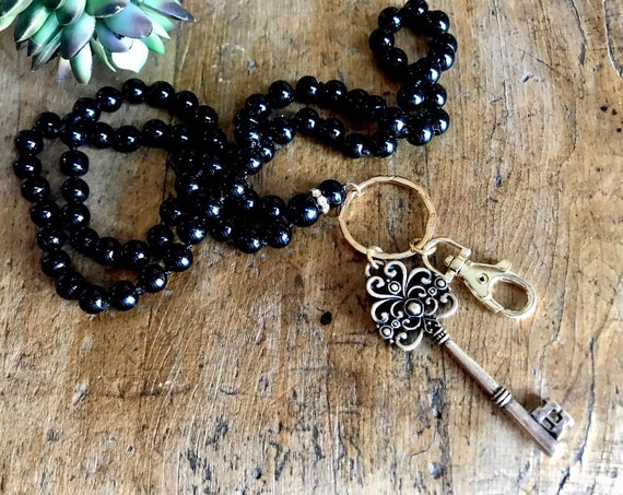 Long Black Bead Lanyard with Fashion Gold Key
