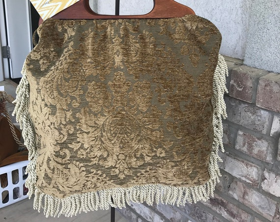 Large Carpet Bag with wooden handles. Carpet Bag with Fringe