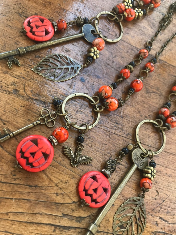 Jack o lantern, Halloween, Pumpkin, Antique Bronze, Fall Necklace