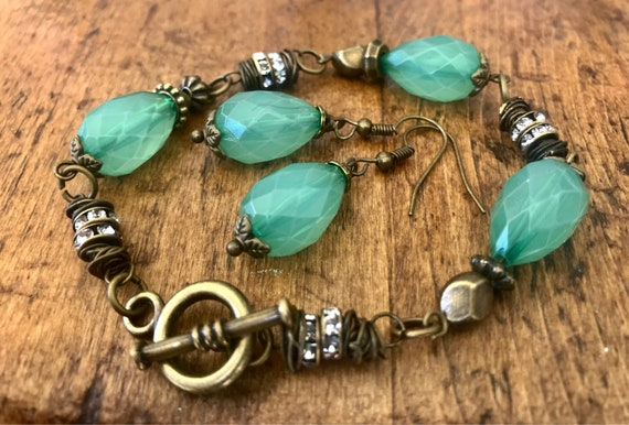 Jade Green, Antique Bronze, Bracelet and Earring Set