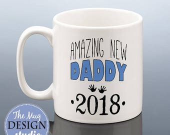 NEW DADDY Mug 2018 Daddy Christmas Gift New Dad To Be Birthday 2019 Cup Baby Shower Pregnancy Reveal