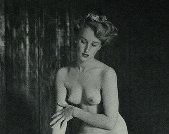 mature 1950s Vintage Erotic Black and White Photography Print by Andre de Dienes Retro erotica art, Antique nude woman with DIY carpentry