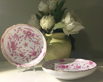 Pair of Meissen Small Plates in Purple Indian/Oriental Flowers