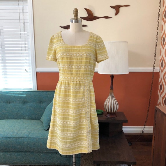 Vintage 1950s CARLYE buttery yellow wiggle dress w