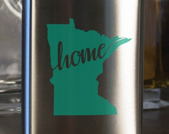 Minnesota State Flask - Color and Custom options- Stainless Steel - perfect for gifts- friends, family, groomsmen, bridesmaids, etc.
