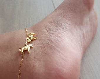 Dainty Horse shoe Anklet Horse anklets,delicate coin Anklet,Unique Anklet,Bridesmaid Gift,valued gift,Christmas gift,good present