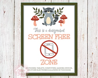 Woodland Raccoon Screen-Free Zone Sign
