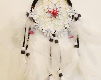 White and Black Daisy Dreamcatcher