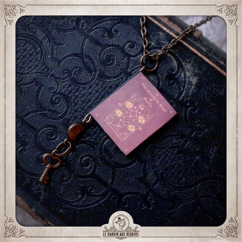 Bronze necklace mini Grimoire moon key ML008