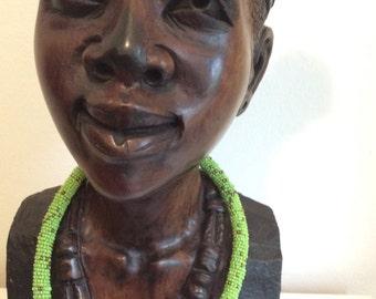 Halskette aus Massai-Perlen in grün