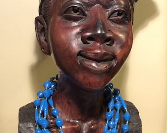 Upcycling-Halskette aus Papierperlen - blau