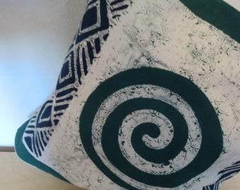 Batik-Kissenbezug- Ndoro grün