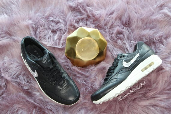 Clear Max Nike Custom Air Swarovski Shoes 1 Out With Leather Black Nike Blinged Bling Women's Authentic Sneakers Swarovski Pinnacle Crystals tBxqUx4Ow
