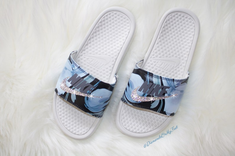 52948ba0b Swarovski Women s Nike Benassi JDI Print Blue Design