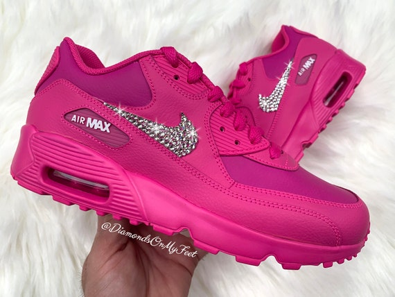 Taille 6.5 Swarovski Womens Nike Air Max 90 Fuchsia Pink Shoes Blinged Out With Authentic Clear Swarovski Crystals Custom Bling Nike