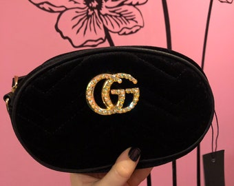 53c3de99fd82 100% AUTHENTIC SWAROVSKI CRYSTALS on gg black fanny pack cross body  interchangeable velvety fuzzy marmont bag pocketbook! Stones are gold!