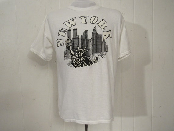 Vintage t-shirt, 1980s t shirt, big apple, New Yor