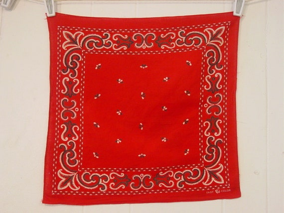 1950s red bandana, elephant workwear, Fast Color B