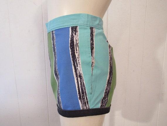 Vintage shorts, 1940s shorts, pin up shorts, cott… - image 2