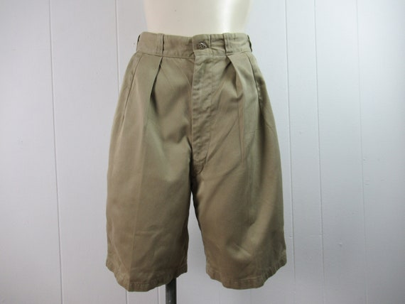 Vintage shorts, 1950s shorts, khaki cotton shorts,
